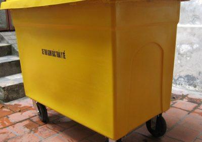 thung-rac-y-te-660L-composite-vang