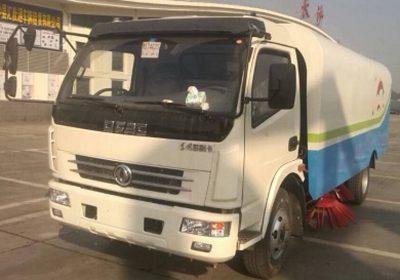 xe-quet-duong-Dongfeng-5K-nhap-khau-1
